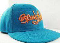 Бродерия върху бейзболни шапки1