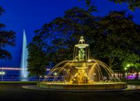 Английский парк вечером