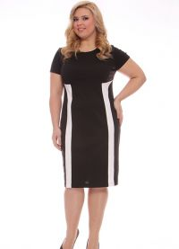 Елегантне хаљине за гојазне жене на годишњицу7