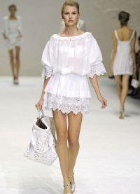 stil haljina za lik s širokim kukovima 17
