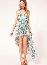Sukienka z kwiatowym nadrukiem 5