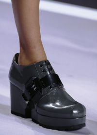 модни обувки падат зимата 2016 2017 15