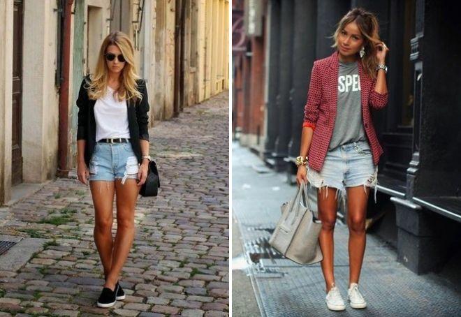 модные рваные шорты