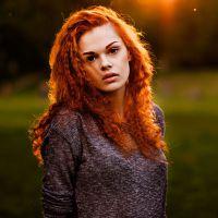 ватрена црвена боја косе