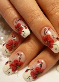 piękne francuskie paznokcie ze wzorem 1
