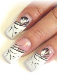 piękne paznokcie francuskie z motywem 3