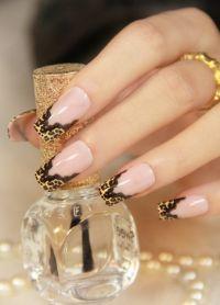 piękne francuskie paznokcie ze wzorem 6