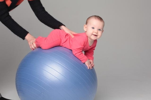 fitball dla niemowląt