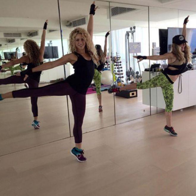 Шакира и Анна Кайзер занимаются спортом