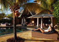 Maradiva Villas Resort and Spa бассейн