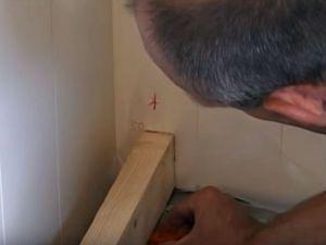 Podovi u privatnoj kući s vlastitim rukama 16