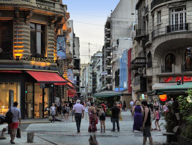 Улица Флорида в Буэнос-Айресе