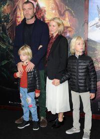 У Наоми  и Лива  есть двое сыновей