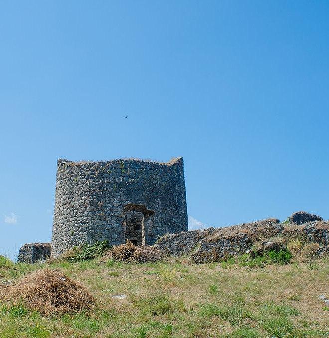 Отдельная круглая башня в южной части крепости