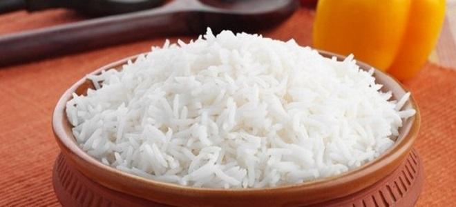 Пиринач у микроталасној рерни