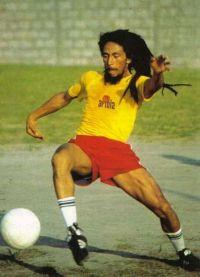 хобби Боба Марли был футбол