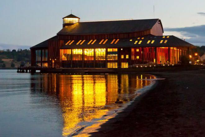 Озерный театр