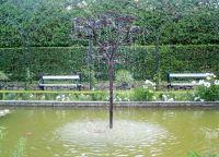 Фонтан-дерево