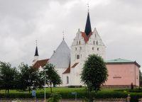 Церковь в городе Хорне