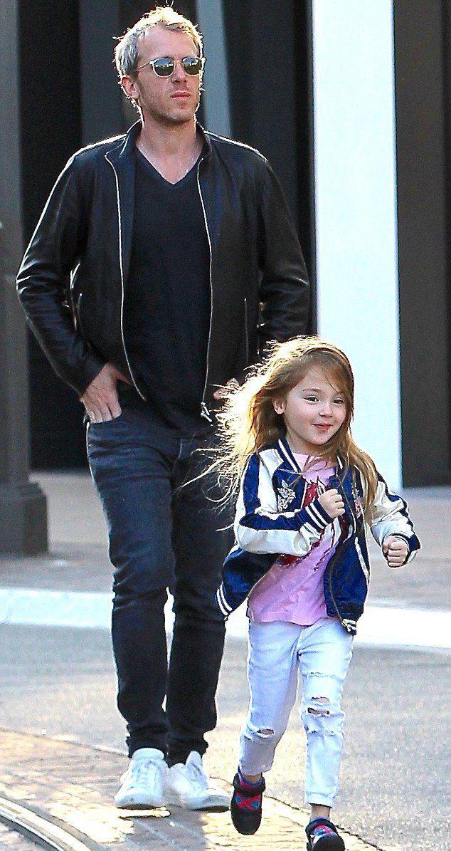 Ярон Версано с 5-летней дочерью