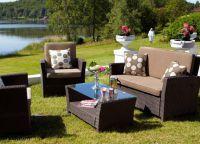 Градински диван1