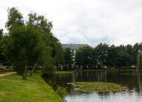 Пруд в одном из парков