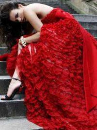 dziewczyna w czerwonej sukience 6