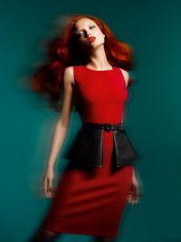 dziewczyna w czerwonej sukience 8