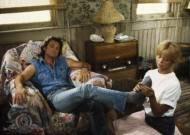 Голди Хоун и Курт Рассел в 1987 году