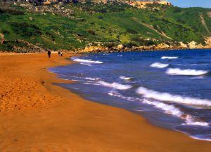 Оранжевый пляж Рамла Бэй