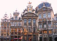 Гильдейские дома на площади
