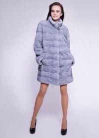 szary płaszcz z norek1