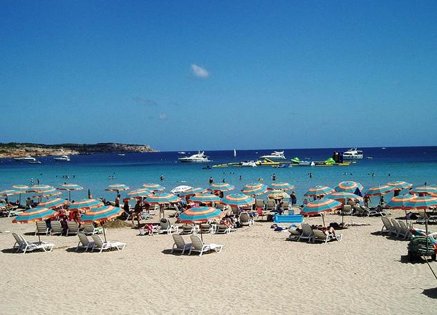 Пляж Гзиры