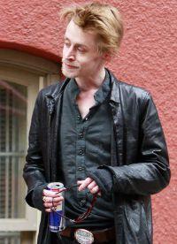 Походе актер сумел завязать с наркотиками и алкоголем