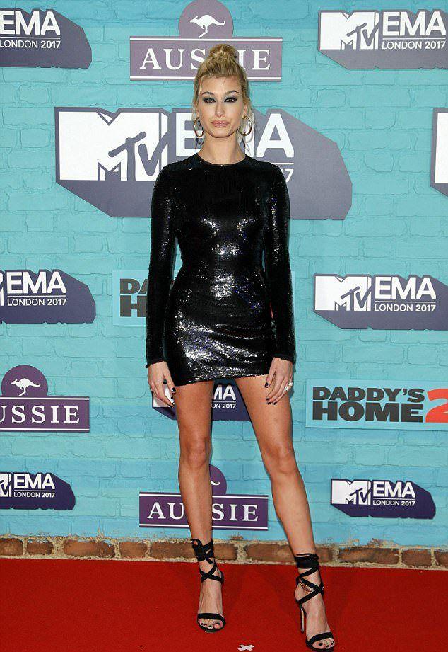 Хейли Болдуин на MTV EMA 2017