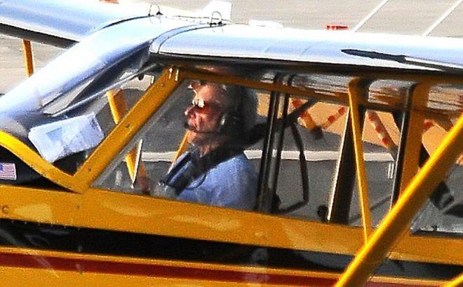 Харрисон Форд за штурвалом Husky Aviat A-1С в понедельник
