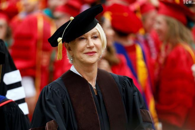 Миррен выступила во время вручения дипломов в университете