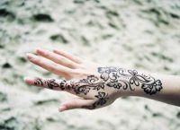 henna painting3