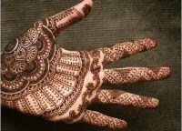 henna painting7