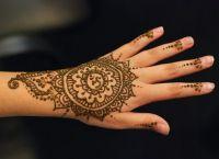 malování henny na rukou9