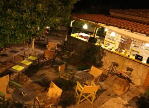Red India Rock Café