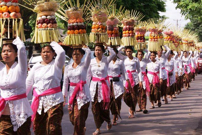 Галунган и праздник предков