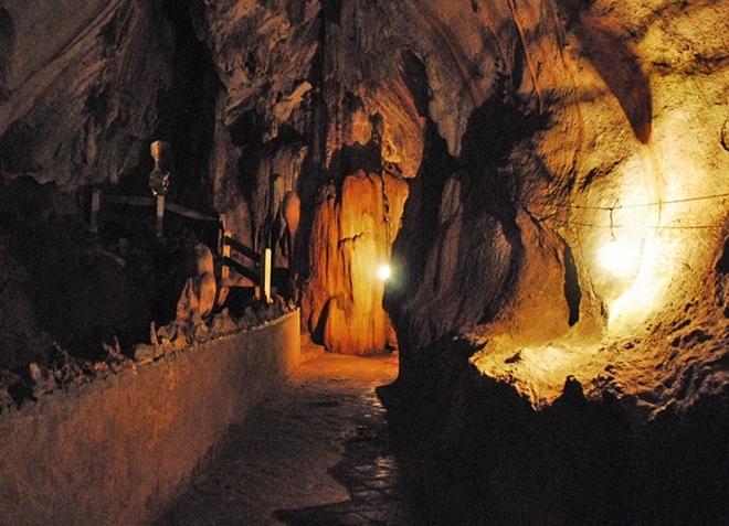 Пещера Tham Chang
