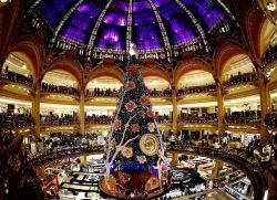 Подготовка к Новому году в Монако