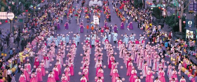 Парад в честь дня независимости Южной Кореи