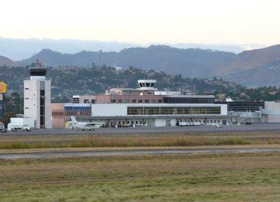 Международный аэропорт Тонконтин