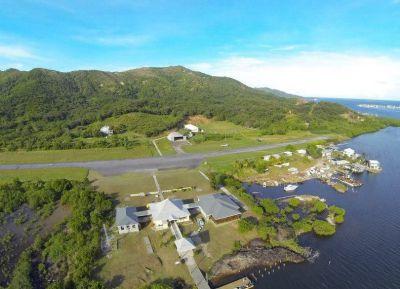 Взлетно-посадочная полоса аэропорта Guanaja