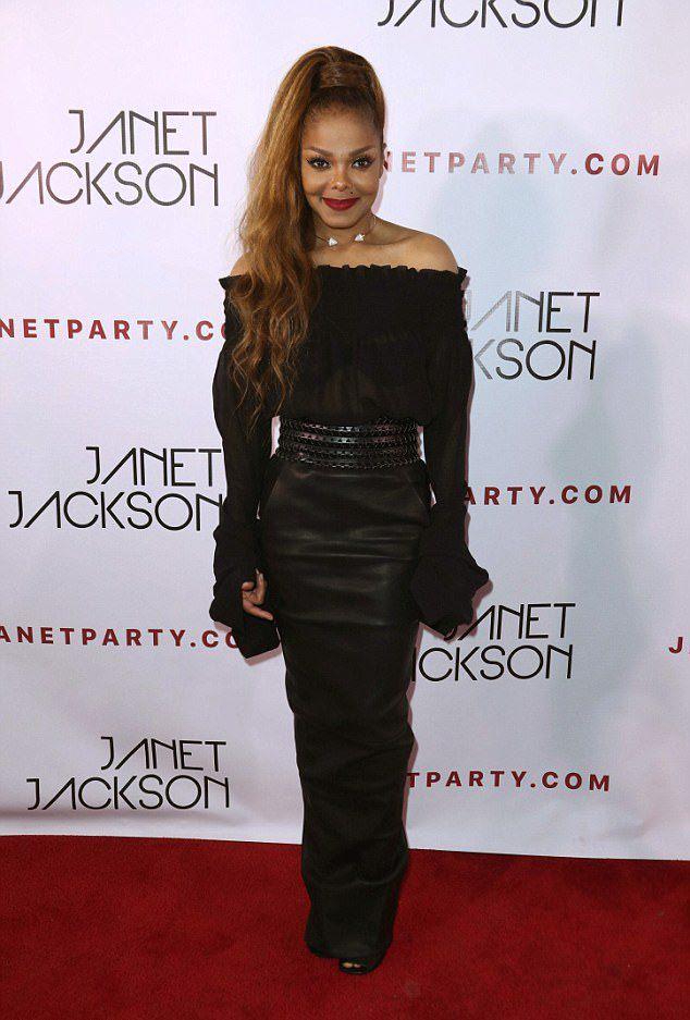Джанет Джексон на афртепати своего аншлагового концерта в Лос-Анджелесе