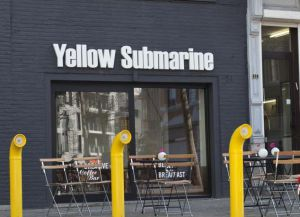 Отель Yellow Submarine, Антверпен