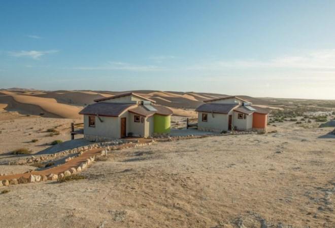 Отель Desert Breeze Lodge